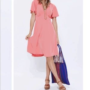 Gilli Coral Short Sleeve Dress
